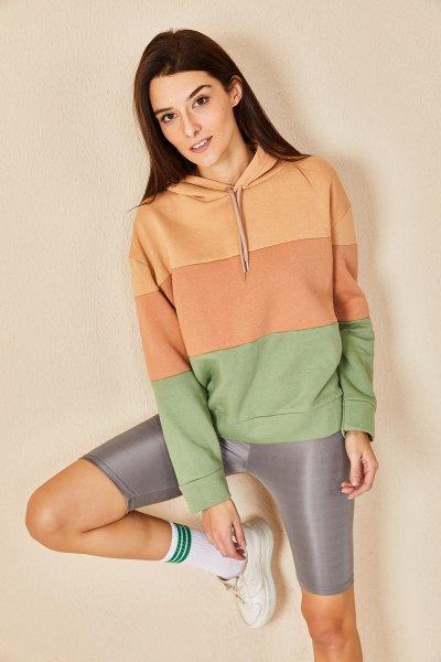 Renkli Kapşonlu Sweatshirt