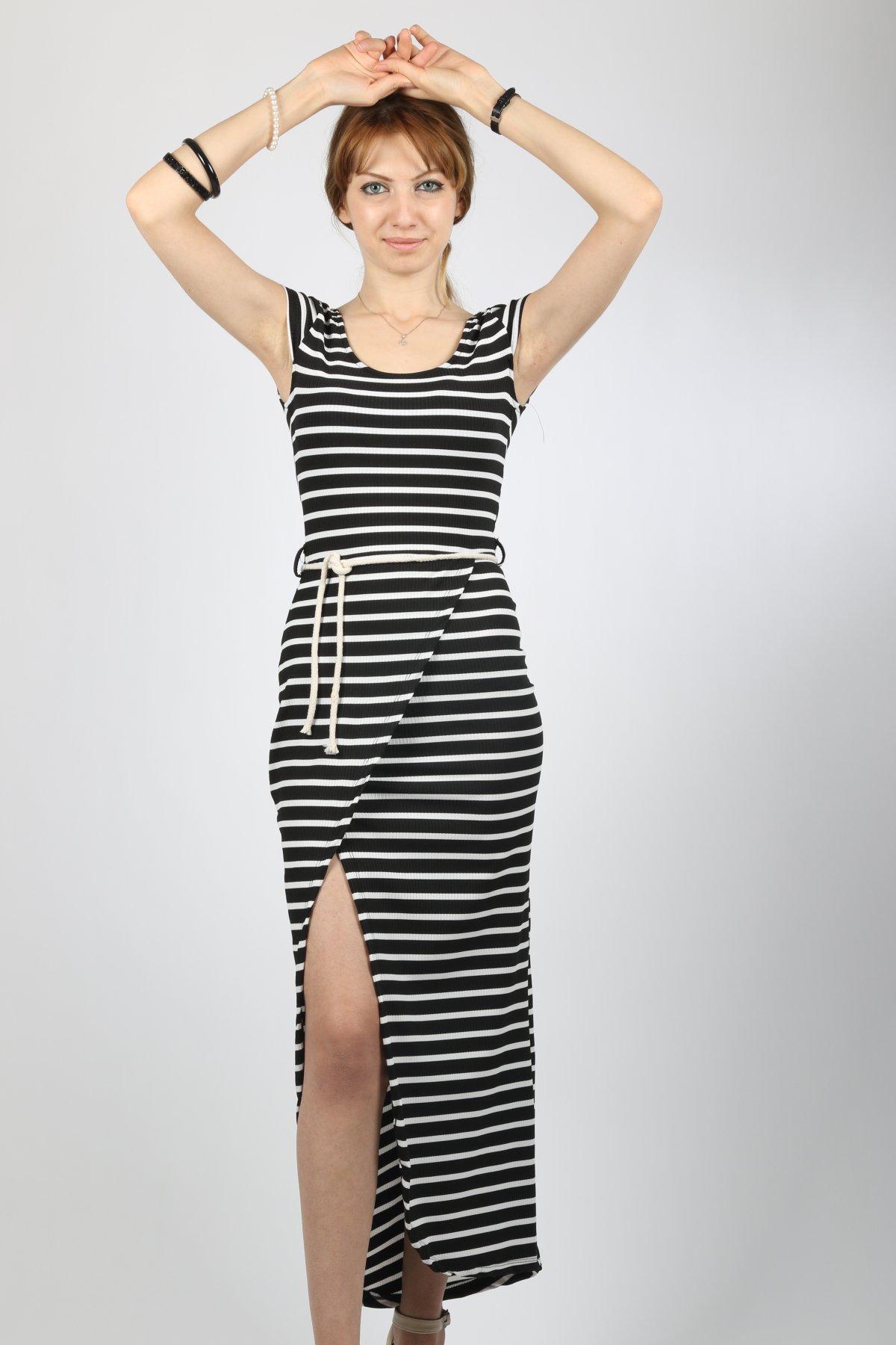 U Yaka İp Kemerli Elbise