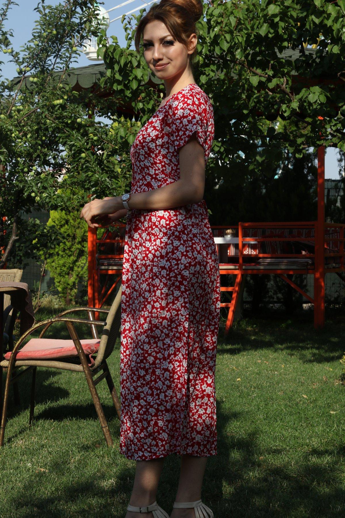 Düğmeli Çiçek Desen Kemerli Elbise