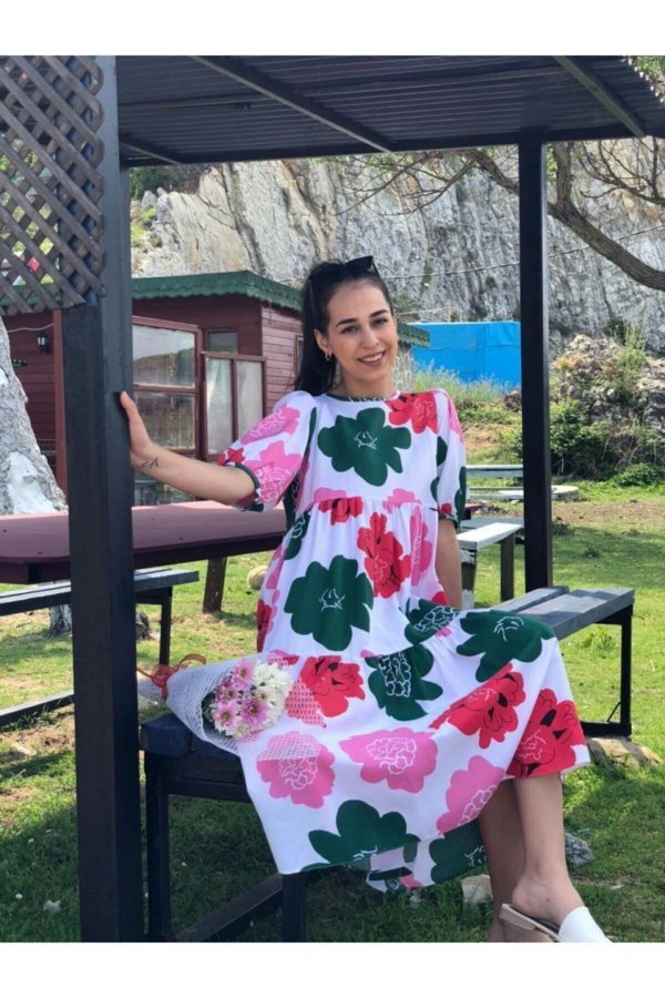 Papatya Desen Yaka Düğmeli  Elbise