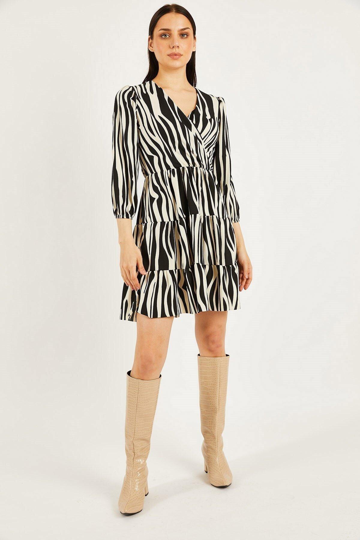 Desenli Örme Krep Elbise